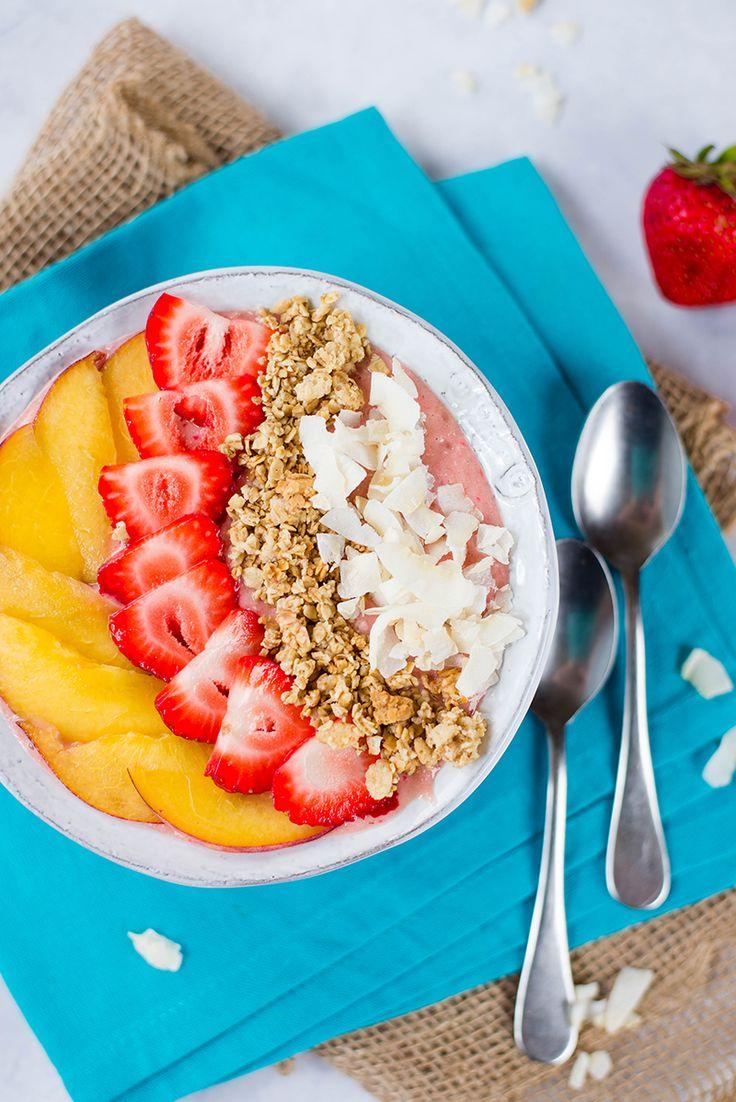 Erdbeer-Pfirsich-Smoothie-Schüssel-Rezept + Wie man eine Smoothie-Schüssel macht! | Als wir…   – Smoothie bowl