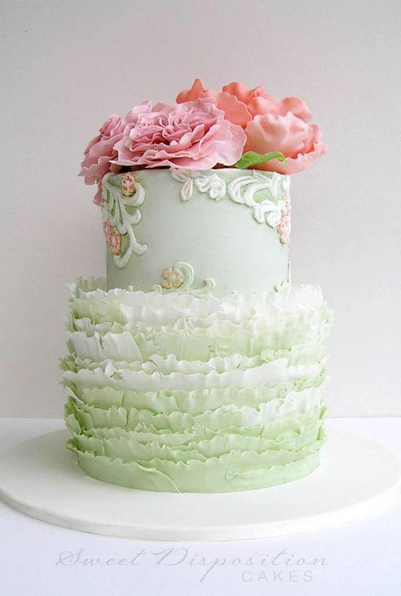 ガーリー&ロマンティック♡ふりふりフリルのウェディングケーキが可愛すぎて感動♡にて紹介している画像