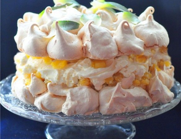 невесомый торт-безе «Пина Колада»