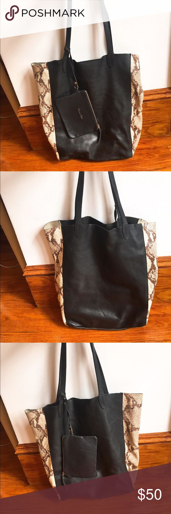 Massimo Dutti black and Python print leather tote Black leather tote by Massimo Dutti, white Python print on the side. Comes with an attached pouch for keys and essentials. Used a number of times but in great condition with a lot of use left! Massimo Dutti Bags Totes