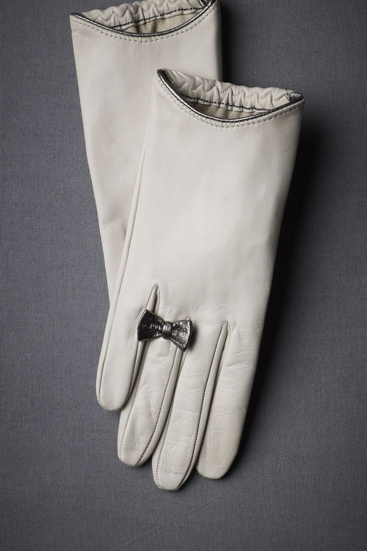 Black gloves with bow - Pretty Leather Gloves With Bow Ring