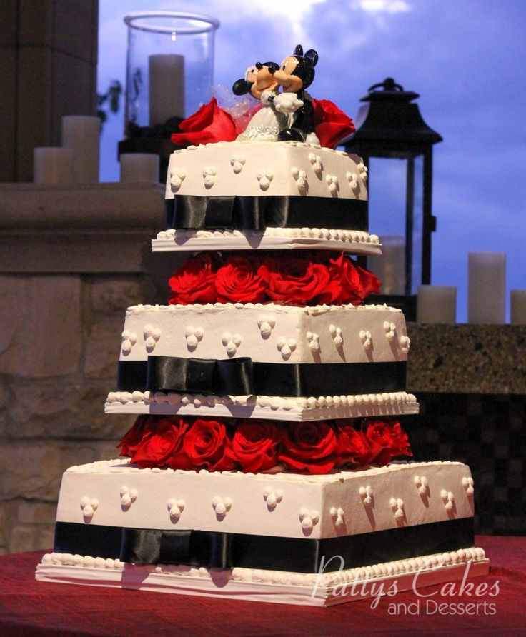 Disney Wedding Cake | Black and White with red | Square wedding cake with Mickey and Minnie by Pattys Cakes