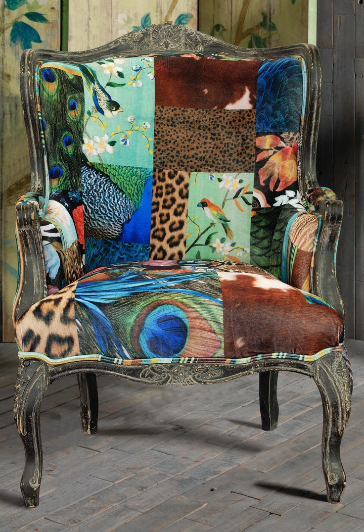 EUROPEAN DESIGNED PATTERNED ARM CHAIR