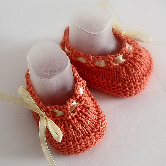 Knitting Pattern PDF file Baby Shoes Beatrice by loasidellamaglia, $3.99