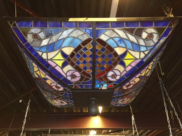 Glas in lood plafond (142x142x57 cm).    Stained glass Ceiling   Plafondverlichting   Plafonddecoratie   Horeca Interieurbouw   Irish Pub   Engelse pub   Sijf & Dax van Zuilen   Oudewater