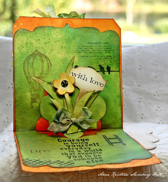 Anne Kristine's lovely pop-up tag using the Pop 'n Cuts Square Base plus the Funky Label Insert. Crafting ideas from Sizzix UK: Bloom....(Pop-Up Tag)