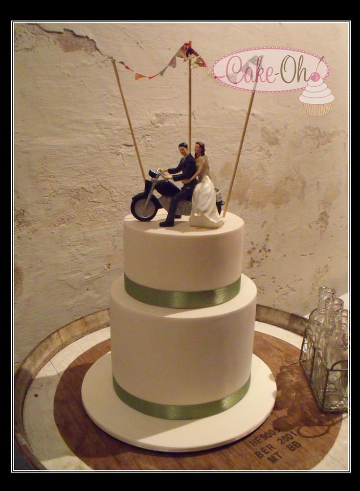 Bunting Wedding Cake with Motorbike topper.