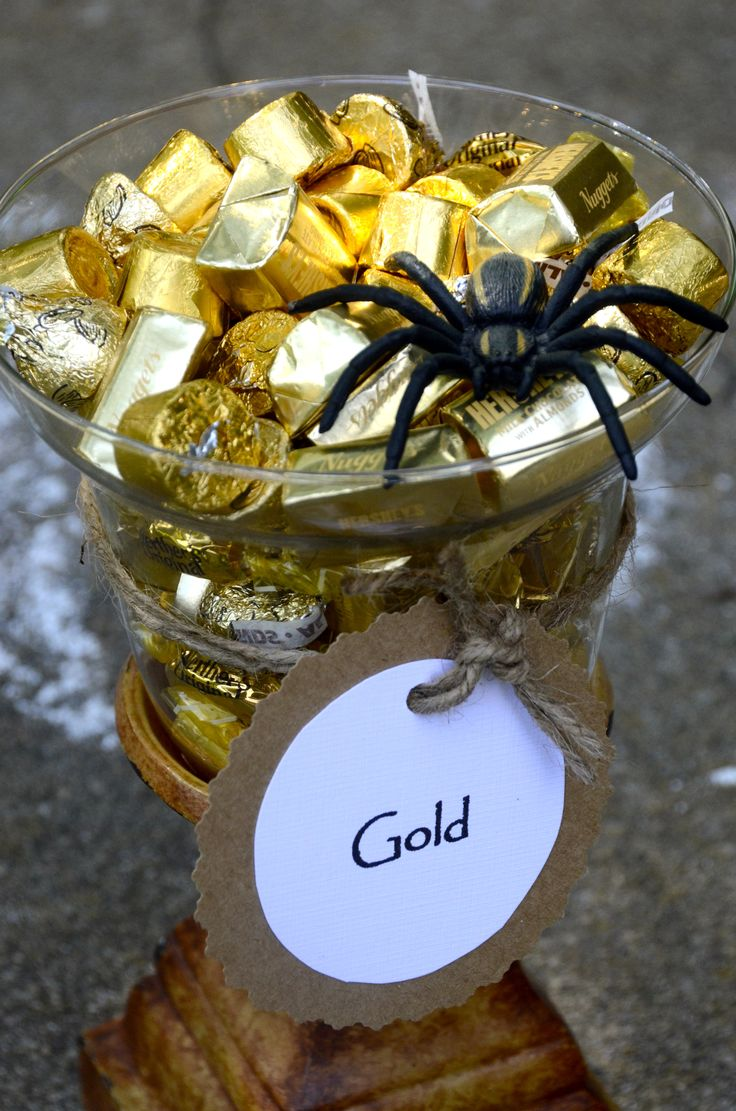 Indiana Jones: Party food. Gold foil wrapped candies. Also used in party favors.