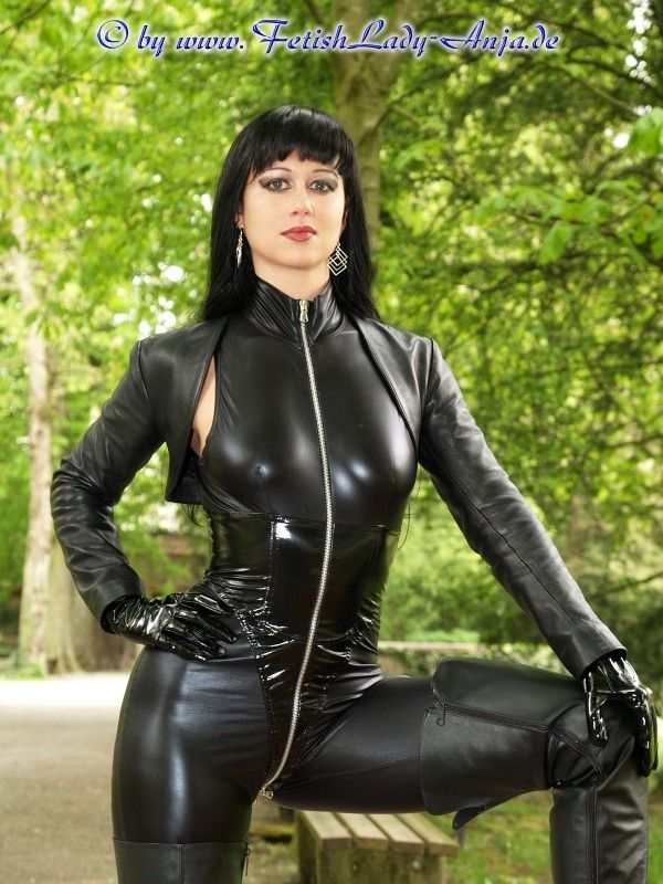 Pin By Matt Mags On Person Fetishlady Anja Leather