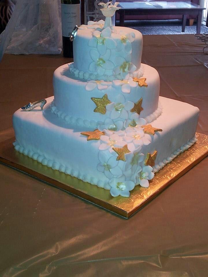 Replica of original wedding cake for 50th anniversary.