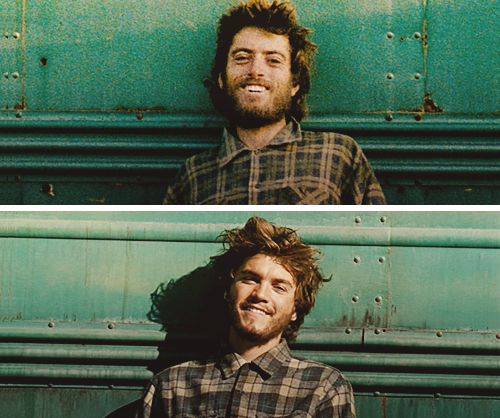 INTO THE WILD (top) Christopher McCandless (bottom) Emile Hirsch