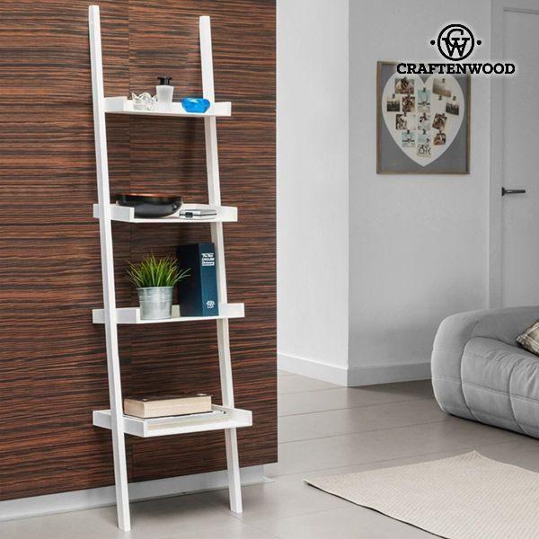 ÉTAGÈRE MURALE INCLINÉE CRAFTENWOOD (4 NIVEAUX)  l' étagère murale inclinée Craftenwood (4 niveaux) ! Idéale pour une décoration d'un style simple, pratique et moderne.  Fabriquée en bois (MDF) Assemblage facile (vis incluses) Dimensions approx. : 40,5 x 166 x 37 cm Profondeur approx. des 4 plateaux : 21, 26, 31 et 36 cm