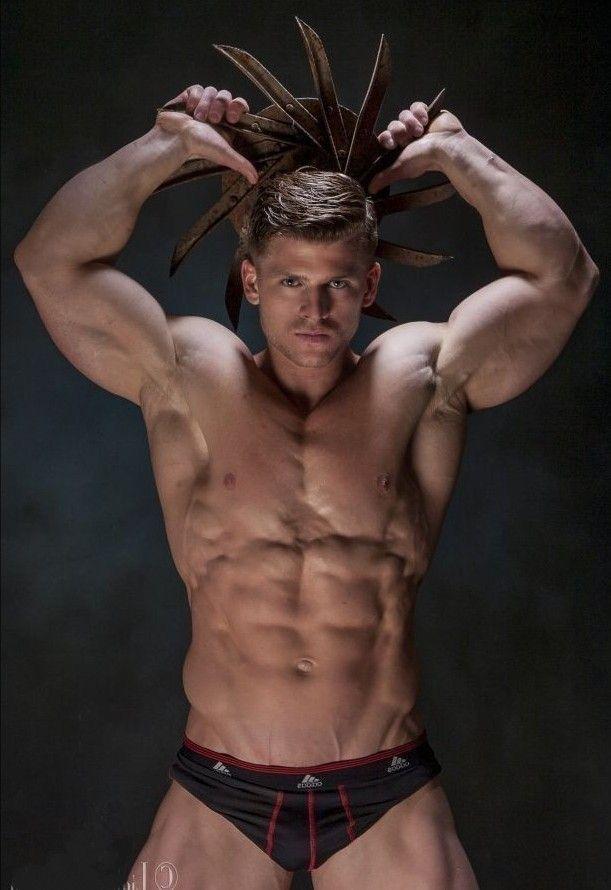 hideaway Muscle man