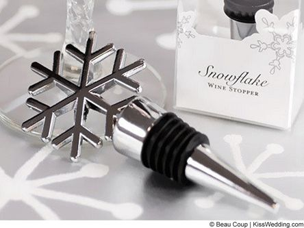 Snowflake wedding favor wine stopper for a winter wedding.