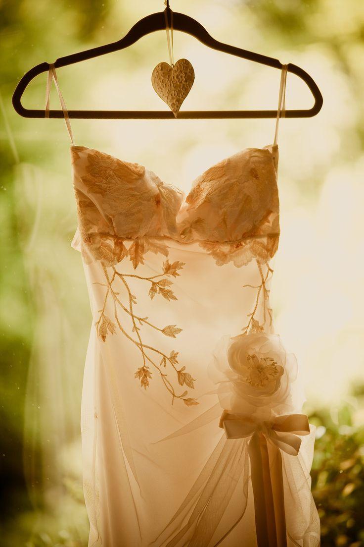 111 best Wedding? images on Pinterest | Wedding frocks, Wedding ...