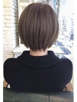 絶対に頭の形がきれいになる☆ 大人可愛い小顔ショートヘア