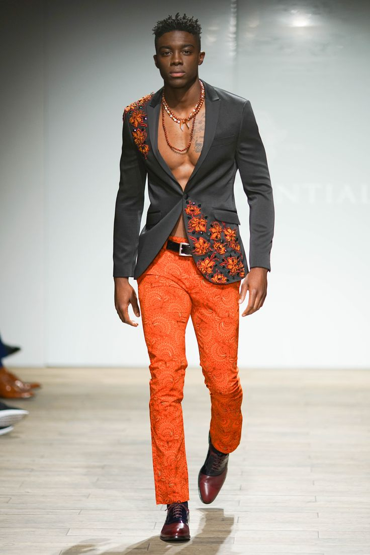 Pick collar blazer with hand embellished beadwork worn with contrasting Orange Forest print pants. #SAFW #SAFWmen #PresidentialSAFW #PresidentialShirt #SAFWAW17