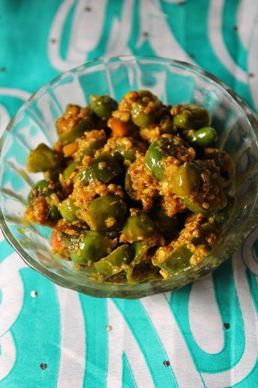 YUMMY TUMMY: Green Chilli Pickle / Maharashtrian Chilli Pickle / Hari Mirch Ka Achar