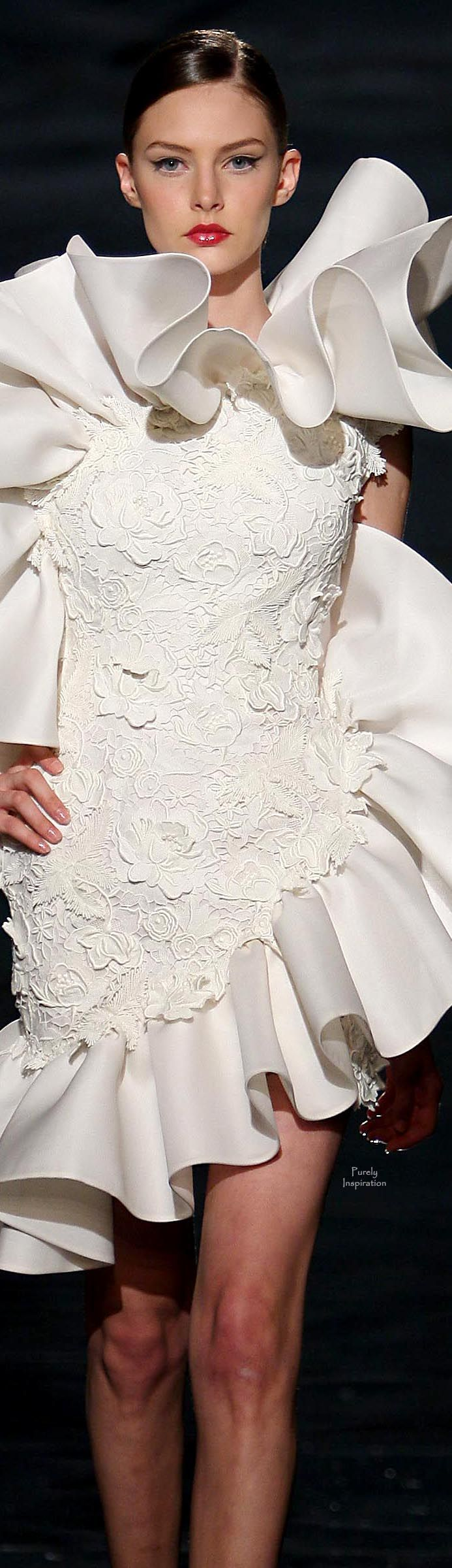 Fausto Sarli, Haute Couture FW2009 explosion from within
