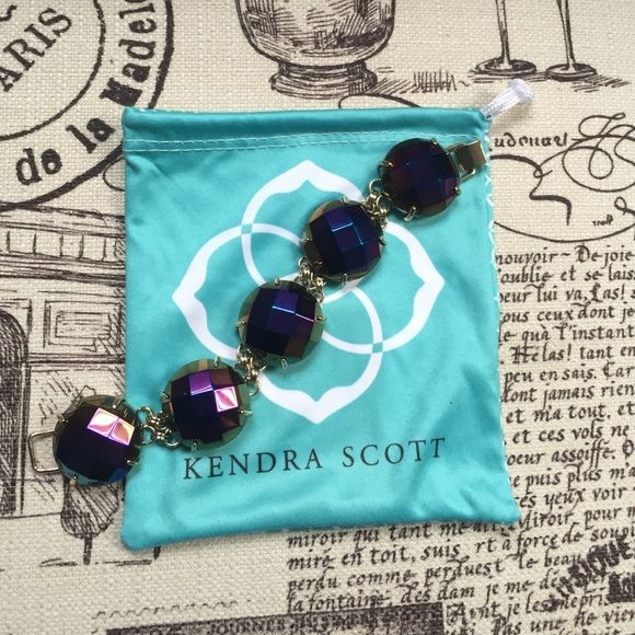 NWOT Kendra Scott Bracelet NEVER BEEN WORN! Kendra Scott iridescent bracelet! •Make me an offer! Anything is negotiable!• Kendra Scott Jewelry Bracelets