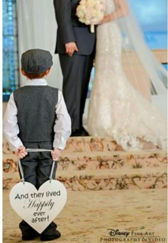 Photo idea, great if couple already had/has a kid together
