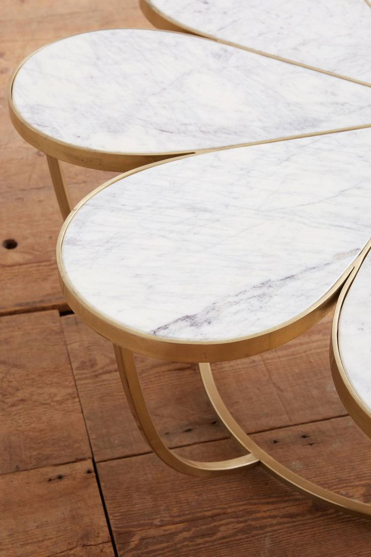 Bassett mirror company carnaby round cocktail leaf new home s - Boutonniere Coffee Table