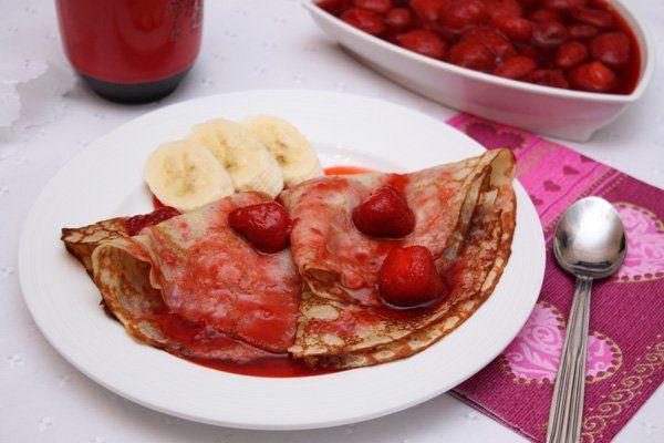 Романтический десерт: банановые блинчики с клубничным соусом. Рецепт с фото | Блог elisheva.ru
