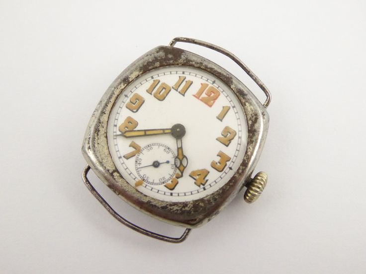 WW1 Steel Cased Trench Gents Wrist Watch with Luminous Dial - The Collectors Bag