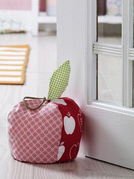 Damit in lauen Sommernächten keine Türen mehr zuknallen!Der Türstopper in Apfelform ist nicht nur ein echter Hingucker, er erfüllt auch