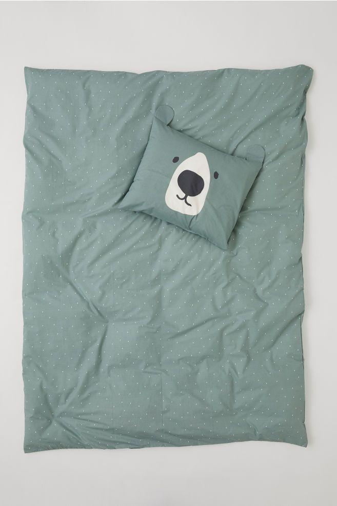Funda Nordica Estampada Verde Apagado Oso Home H M Es Kids Duvet Cover Duvet Cover Sets Green Duvet Covers