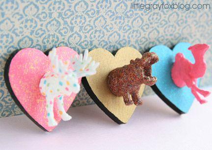 plastic-animal-crafts: Kiddie Crafts, Animal Art, Diy Crafts, Plastic Animales Crafts, Plastic Animal Crafts, Kids Ideas, Plastic Animals, Crafts Stuff, Plastic Animal Hooks
