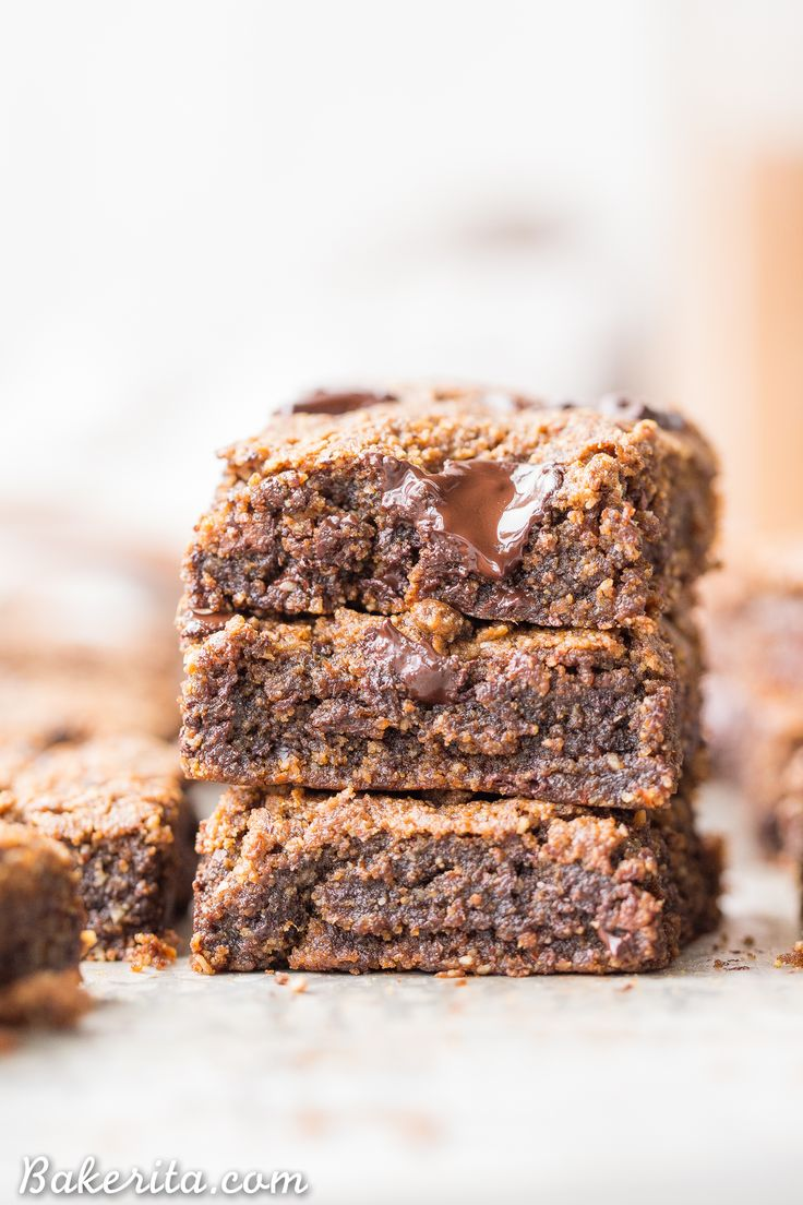 These Chocolate Chip Pumpkin Blondies have a super chewy, fudgy texture with the warmth of pumpkin spices and gooey, melted chocolate chunks. You're going to love these gluten-free, paleo and vegan pumpkin blondies.