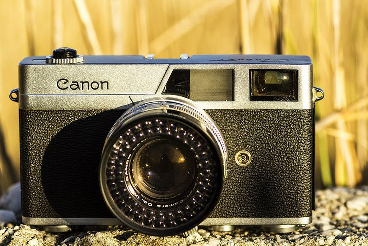 Canon Canonet  The Canon Canonet was released in 1961 and is remembered as Canon's first entry into the intermediate-class camera market, and also the first of the highly successful Canonet series of 35mm automatic-exposure rangefinder cameras.