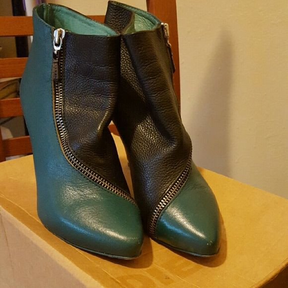 Diesel Booties Green and black Diesel leather booties with gold zipper. Great condition Diesel Shoes Ankle Boots & Booties
