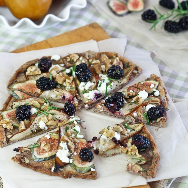 ... Free Bosc Pear, Fresh Figs And Goat Cheese Pizza Recipes — Dishmaps
