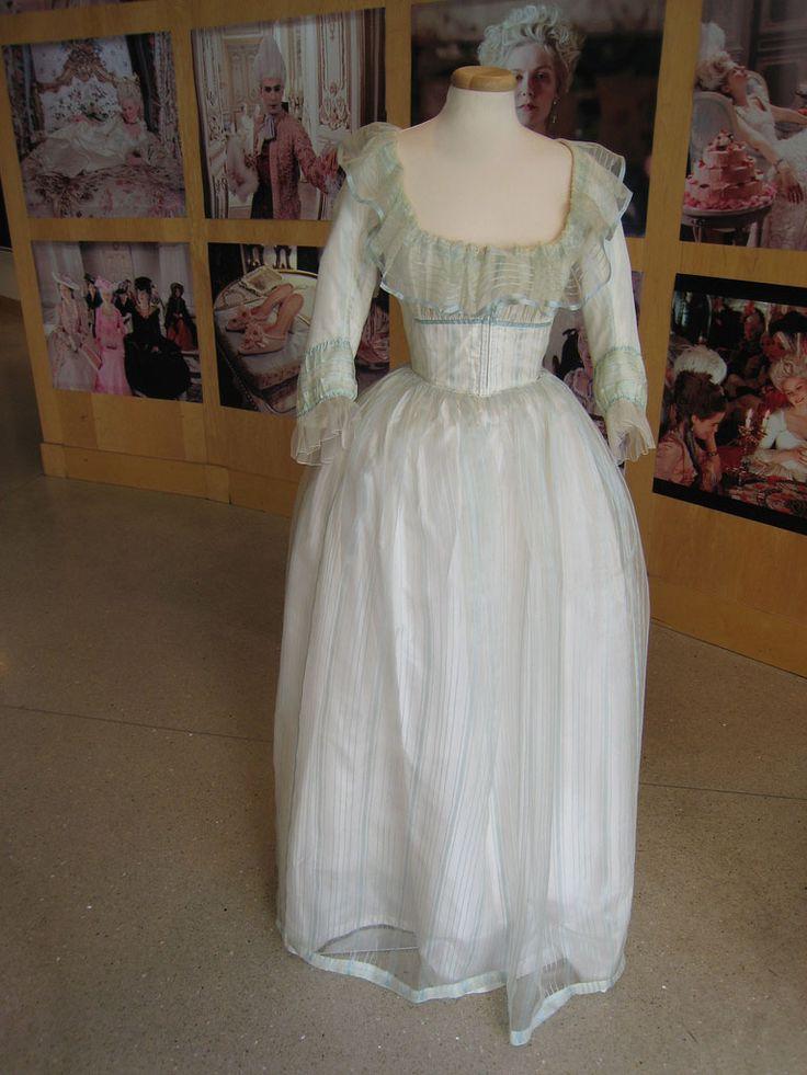 17 best images about marie antoinette on pinterest for Marie antoinette wedding dress