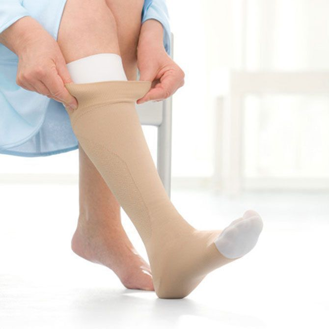 Jobst Ulcercare Knee High Compression Stocking & Liner - Open Toe - 40Mmhg