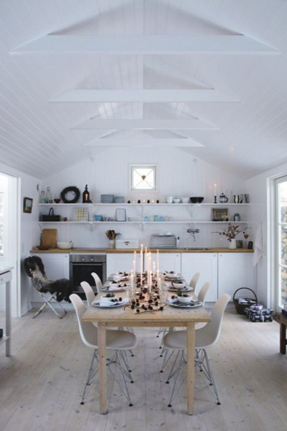 Omg! Love it.  The space. White on white. Home decor.  Kitchen
