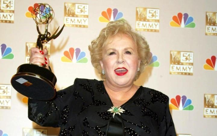 Emmy-winning actress DORIS ROBERTS, the star of US sitcom Everybody Loves Raymond, died on April 17 2016, aged 90. Roberts picked up best supporting actress four times in the early 2000s for her portrayal of Marie Barone, the mother of Ray Romano's sportswriter character in the show, which ran for nine seasons.