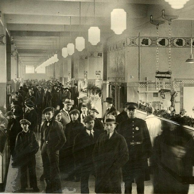 Inauguration of the Atwater Market, then known as St. Antoine Market, on April 17, 1932.