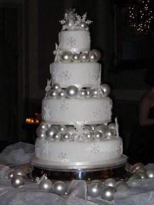 Elegant Christmas Wedding Cakes | Austin Wedding Cakes: Christmas Wedding Cake