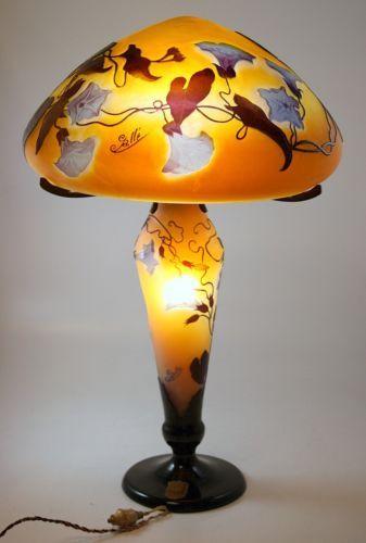 Galle Art Nouveau Cameo Glass Lamp