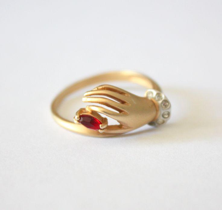 Vintage Ruby Hand Ring @Kati Kalmar Kalmar Kalmar Driscoll