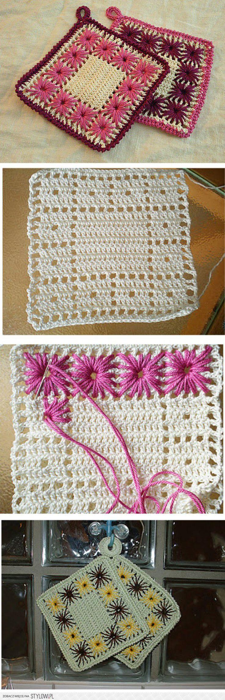 Crocheted squares with embroidered flowers. Szydełkowe kuchenne łapki do gorących garnków na Stylowi.pl