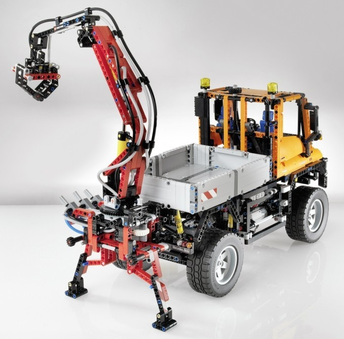 I finally bought and made one of these. The LEGO Technic Unimog