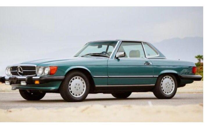 1986 Mercedes 560SL.