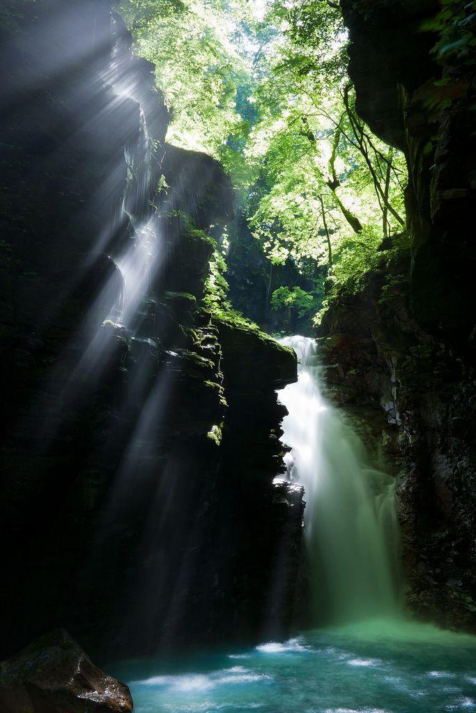 beautiful falls / japan