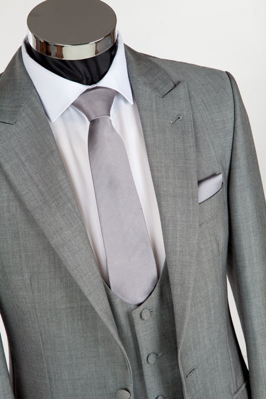 Slim fitting wedding suit mohair silver grey