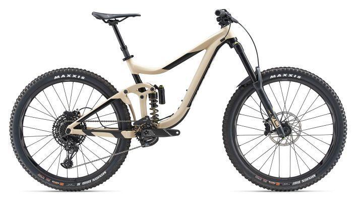 Giant Reign Sx 1 Large Cream Full Suspension Bike 2019 From The Bike Part To Enduro Tracks To Steep Singlet Mountain Bikes For Sale Suspension Bike City Bike