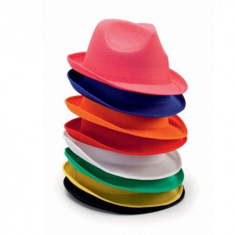 On se coiffe comment? #casquette #tuques #chapeaux